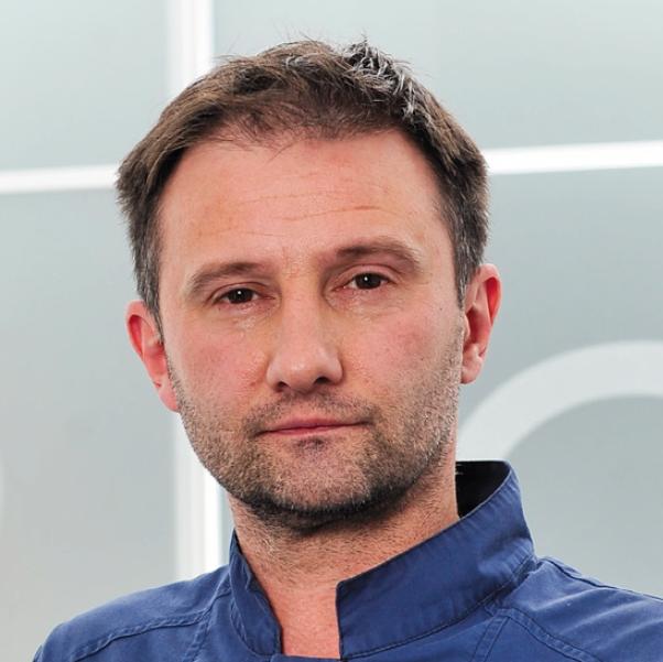 dr.  Milan Milošević